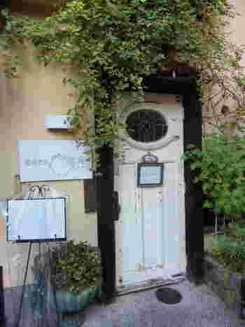 懐石カフェ・蛙吉(アキチ)は、京懐石が気軽にいただけるカフェレストランです。人気があるため、懐石カフェ・蛙吉(アキチ)を訪れる場合は事前に予約しておくことをおすすめします。