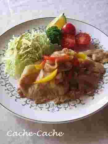 ご飯がすすむ豚肉の生姜焼きも、ジンジャーシロップを使えば味付けが簡単。ジンジャーシロップに醤油を加えるだけでも、美味しい生姜焼きのタレの出来上がり♪