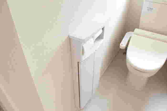北側にあるトイレはもっとも冷え込むトイレです。北は水や月を表しているので、白やアイボリーのほか、あたたかみのある暖色系を選ぶとよいとされています。
