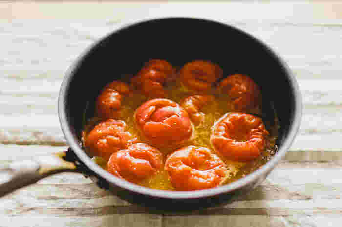 盛夏が過ぎましたが、トマトの出盛り期はもう少し続くので、トマトがお買い得な間に自家製の「トマトソース」を作ってみませんか?