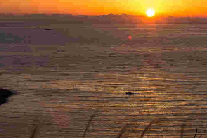 「戸田港」の日没。