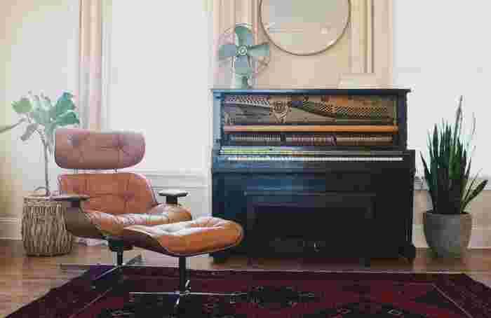 例えばピアノが大好きな人の、ピアノが主人公の部屋。リビングスペースがなくても、好きなものさえあれば自分らしい部屋の空間づくりができます。