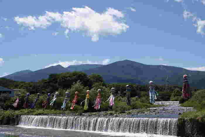 開湯はおよそ400年前と、歴史の深い「遠刈田温泉」。白石蔵王駅からバスで約50分の蔵王連峰に温泉街があり、澄み切った空気と足腰の病気に効くという泉質から、古くから湯治場としても人気があったそう。