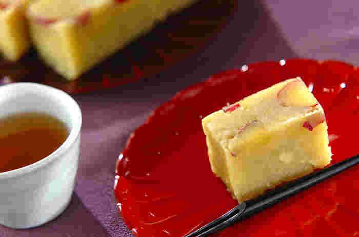 炊飯器で加熱して甘さを引き出したサツマイモを粉寒天で固めます。優しい味に、思わず笑顔がこぼれそう♪