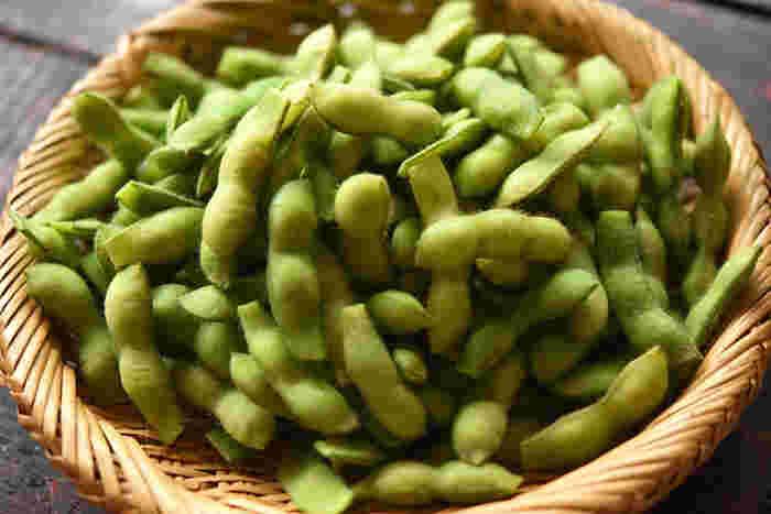 ちなみに、枝豆と大豆は元は同じものなのをご存知でしたか?枝豆をさらに成長させると大豆になるのです。