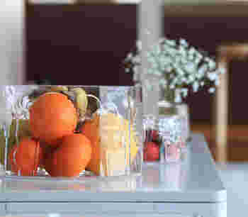 一番大きな250mmボウルにはオレンジやバナナなどの大ぶりな果物を入れ、フルーツボウルに。テーブルにいつも彩りを添えてくれる、ちょっとしたインテリアになります。