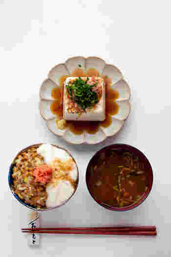 """今日は、納豆ならではの""""ねばねば""""を生かしたレシピや、納豆が苦手な方でも美味しく食べて頂けるレシピをたくさんご紹介していきます。"""