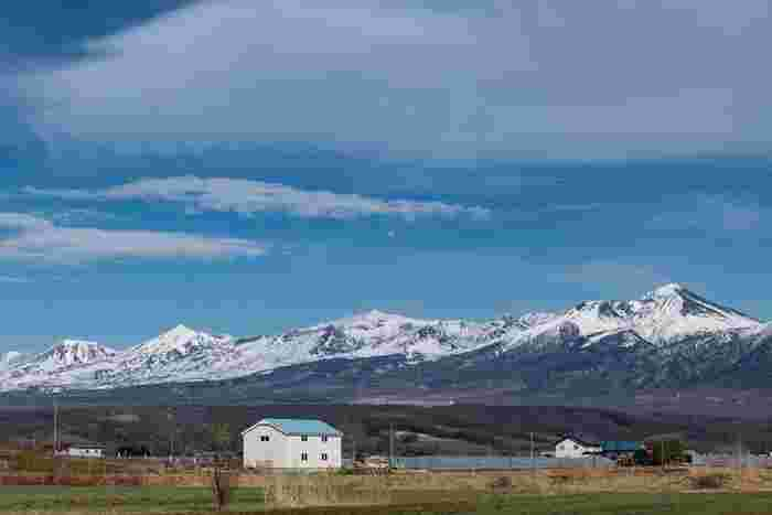 雄大な大自然のめぐみに魅せられて ~北海道・富良野で楽しむ絶景ポイント7選~