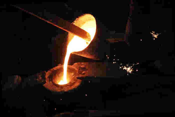 南部鉄器の和の美しさは長年受け継がれて来た伝統の証です。