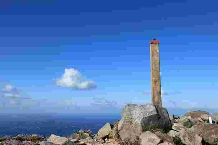 天上山山頂は、島の山ならではの絶景が待っています。