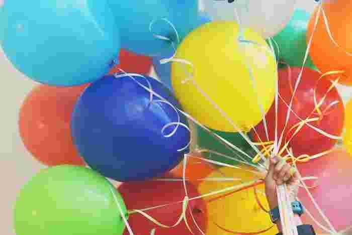 """1年に1度、必ずくる""""誕生日""""。自分の誕生日を誰かに祝ってもらうだけでなく、次の誕生日は、自分自身で祝ってみるのもいいですよね♪日本では自分で祝うという風習あまりないですが、イギリスでは当たり前のことなのだとか。誕生日を迎えた自分に幸せを届けましょう。"""