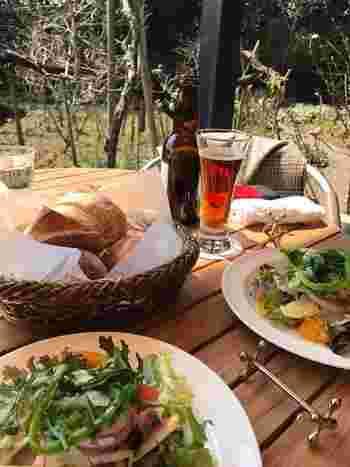 石窯で焼かれたパンはもちろん、鎌倉で採れた新鮮な地野菜や、ガーデンで育てたハーブ等をふんだんに使ったお料理は鎌倉観光の思い出になるでしょう。