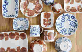 そこにあるだけで、テーブルコーディネートのアクセントになる愛らしい絵皿。作り手の思いがぎゅっと閉じ込められた絵皿には、それぞれに味わい深い魅力があります。今回は、食事の時やティータイムに活躍してくれるほっこりテイストの愛らしい絵皿をご紹介します。