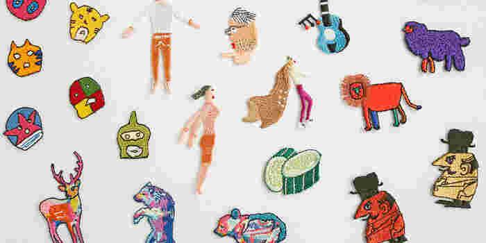 クリエイターさん達によるオリジナルのデザイン刺繍は、アイロンでつけられるワッペンタイプ。スタンダードなハンカチが、遊び心ある特別な一枚になりそうです。