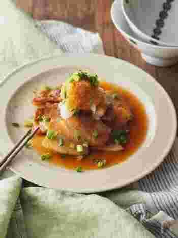 ジューシーな豚肉とさわやかな大根の組み合わせは、がっつりとさっぱりの両立が可能!甘めに味付けした豚肉を、おろしポン酢でいただきます。暑い夏の夕食にぴったりです。