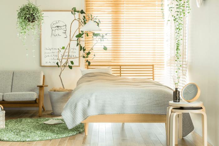 """生活に潤いを与えてくれる、植物。  室内やガーデンに、ちょっとした""""緑""""があるだけで、心が安らぎ、その場が憩いの空間になります。"""