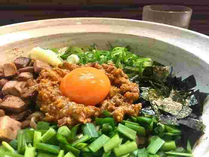 そして、おなじみのきしめんや味噌煮込みうどんをはじめ、台湾まぜそば・台湾ラーメンといった名古屋生まれのアジア麺や、イタリア風のあんかけスパなど、麺類の名物が多いのも特徴。名古屋旅行の際には、伝統の味から話題の味まで、ぜひいろいろな名古屋めしを堪能してみてください。