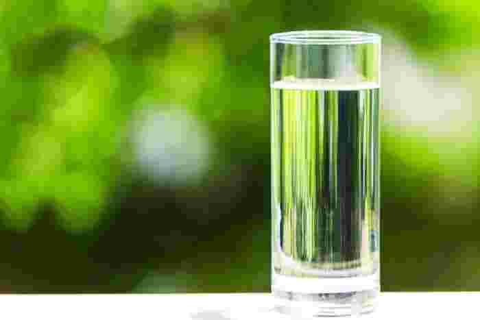 """こまめな""""水分補給""""でメリットいろいろ♪水を飲む習慣をつける6つのヒント"""