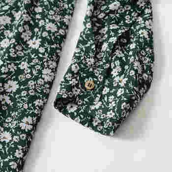 着る人の女性らしさが引き立つ花柄ワンピース。抜け感が少なくなる今の季節にこそ、ワードローブに取り入れておきたいアイテムです。花柄ワンピースの力を借りて、気持ちもファッションも、明るくチアアップさせましょう!