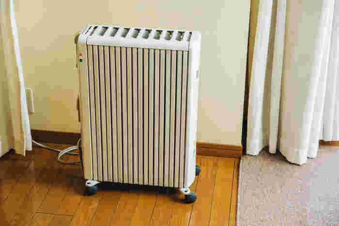 デロンギのオイルヒーター。息子さんが小さいとき、エアコンの風で乾燥しないように購入したもの。日光に当たっているような、じんわりとした暖かさなのだそう