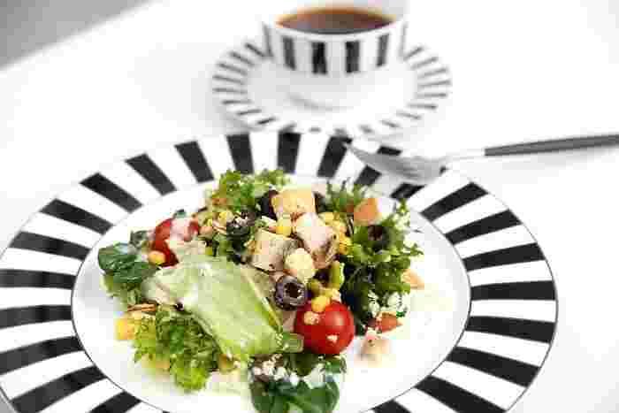 オシャレなお皿でまるでカフェの様な雰囲気に。