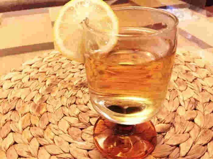度数の強いウイスキーは体を温めてくれるので、体調が不安定な季節の変わり目にはぴったり。いつもと違うテイストを楽しめる、ホットウイスキーでほろよい気分はいかがでしょう♪