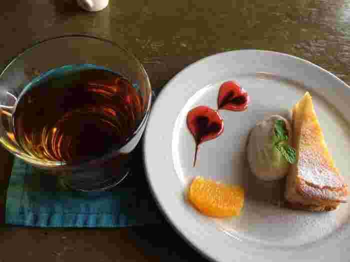 食後には美味しいデザートはいかがでしょう?ランチにドリンクやデザートを付けることもできるので、おしゃべりを楽しみつつ、ゆっくりお茶を楽しんでみて♪