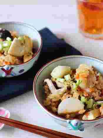 ほっくりねっとりした里芋が入った炊き込みごはんもいいですね。油揚げのコクとうまみが全体にまわって、しみじみとした美味しさです。
