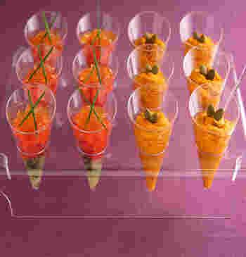 クリスマスらしさをめいっぱい演出するなら、簡単なのにまるでレストランのような前菜♪サーモンやかぼちゃの彩りも、クリスマスらしくてとってもきれいです。