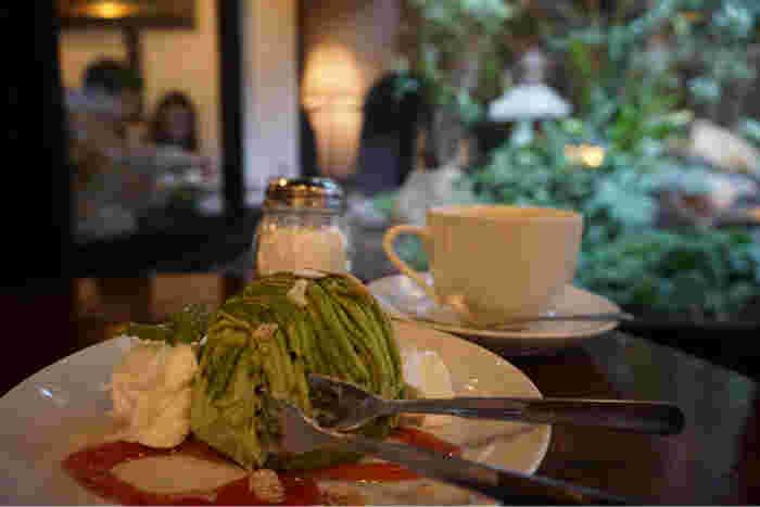 京都らしい抹茶系ケーキをはじめ、おいしいスイーツもいただけます♪