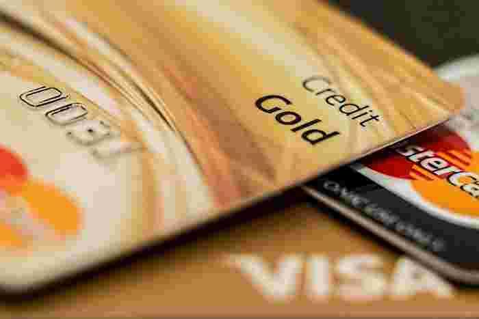 請求額そのものがおかしいという場合は、カード会社へ連絡してみてもいいかもしれません。カード会社からショップへ連絡してくれたり、引き落としを止めてくれる場合があります。
