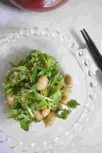 唐揚げと合わせるなら、さっぱりとしたごま酢和えは鉄板かも。こちらは、大豆入りで良質な植物性たんぱく質も摂れます。包丁がいらない簡単なおかずですよ。