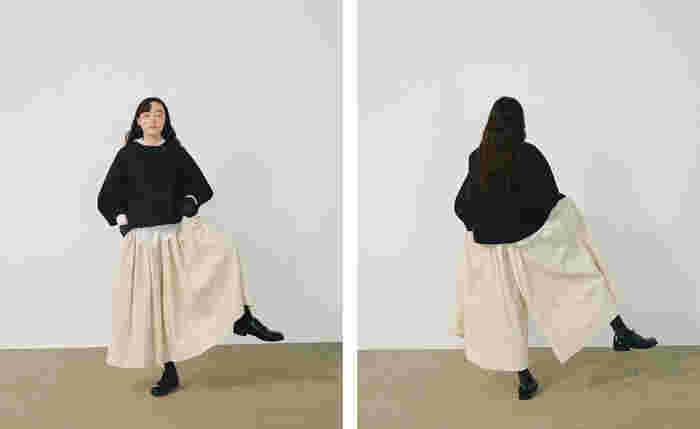シルエットで魅せるシンプルな大人服。ファッションを楽しむおすすめコーデ帖