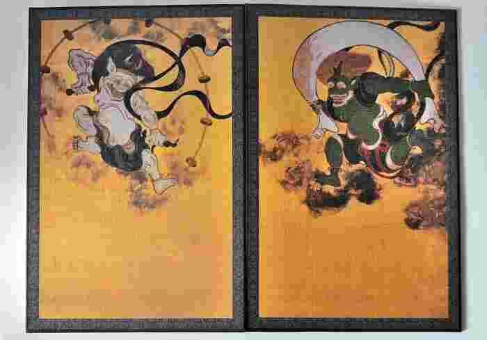 建仁寺といえば、みなさんご存知の国宝・俵屋宗達作『風神雷神図屏風』を所蔵しており、建仁寺の御朱印帳にもデザインされていますよ。
