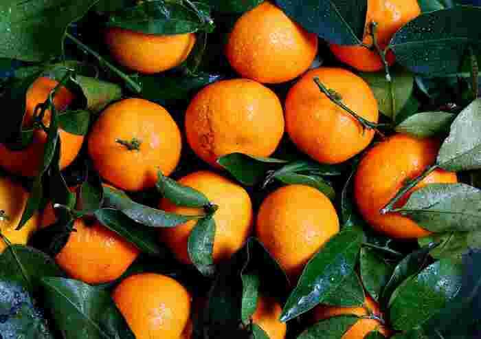 ◇オレンジスイート◇ ハッピーな気持ちを呼び起こすのが、オレンジスイートの香り。また、血行を良くしてくれるので、お布団が寒くて眠れない冷え性の人にもおすすめ。