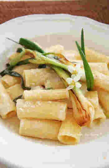 セボジン葱とマスカルポーネチーズをあしらったお洒落な一皿です。ちょっぴり目先が変わったパスタになるので、おもてなしにもおすすめのひと品です。