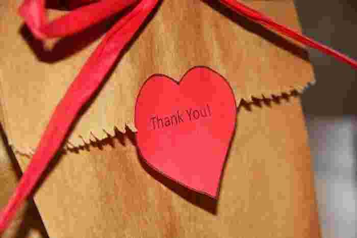 バレンタインといえば、やっぱりハートモチーフ。真っ赤なハートに気持ちを込めて、大切な人へ贈り物をしてみませんか?