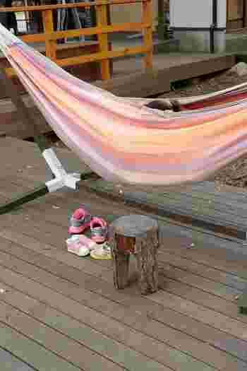 ハンモックやテントを出して、アウトドア気分を楽しむことも出来ます。