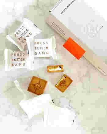 行列ができるチーズケーキでおなじみの「bake」が手がける話題のお店がこちらのバターサンド専門店「PRESS BUTTER SAND」。パッケージもおしゃれ♪