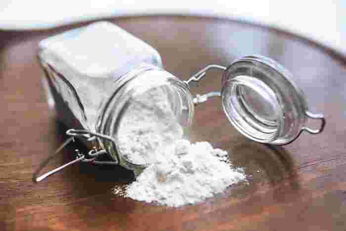 クリーム煮は実は意外と簡単に作れるお料理です。小麦粉を炒めて作るイメージが強いですが、素材となるのは小麦粉だけではありません。片栗粉を使う場合もあれば、生クリームや牛乳だけの場合もあり、作り方はさまざま。思うほど手間はかかりません。