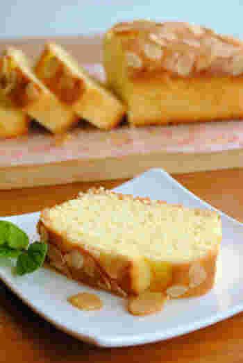 ホットケーキミックスで作る手軽さが魅力です。アーモンドスライスをプラスすることでより風味豊かに。冷凍して、好きなときに楽しむのもよさそう。