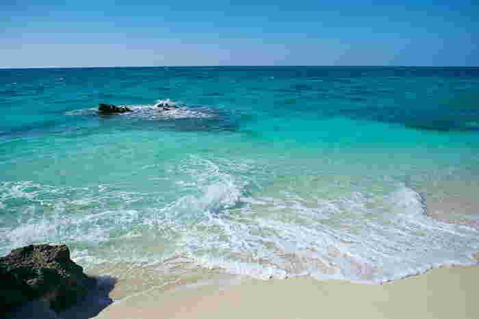 寒い季節だから、南の島へ…という方も多いのでは?でも、気候が暖かいだけではありません。沖縄には、冬こそおすすめというアクティビティがあります。これはぜひ体験しなくては!
