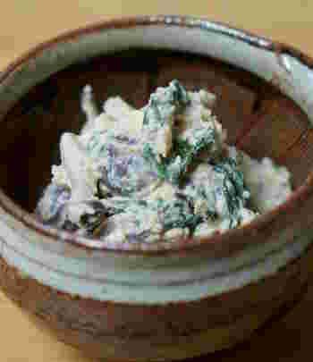 マスカルポーネチーズを使った白和えです。淡泊な味の白和えにコクが出ます。