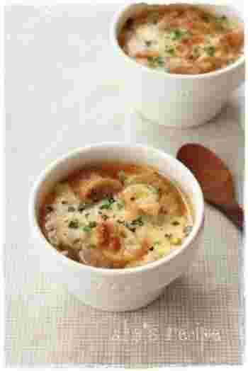 和風のオニオングラタンスープも出来ちゃいます。だしの優しい味が玉ねぎとの相性抜群です。トースターでこんがり焼けたチーズがこれまた美味しい。