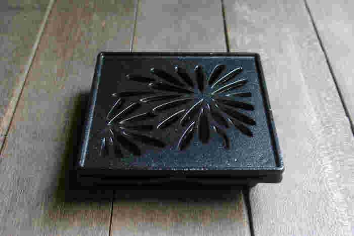 くわな鋳物:蚊やり器「花火」