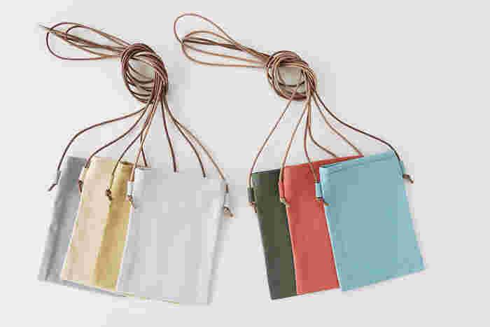 ハギレサイズの布で作れるので、色・柄違いでたくさん作ってしまいそう!