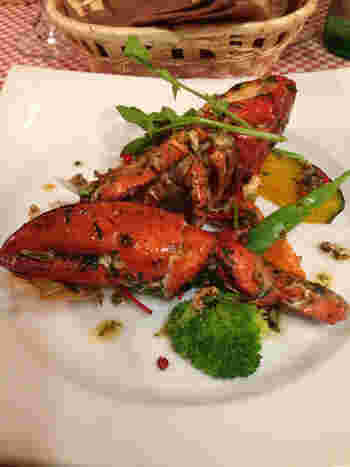 ビストロ・ダ・アンジュは気軽にフランス料理を食べたい人におすすめのレストランです。ここではお手頃なランチから、オマールエビのグリルなど本格的なフレンチをいただくことができます。