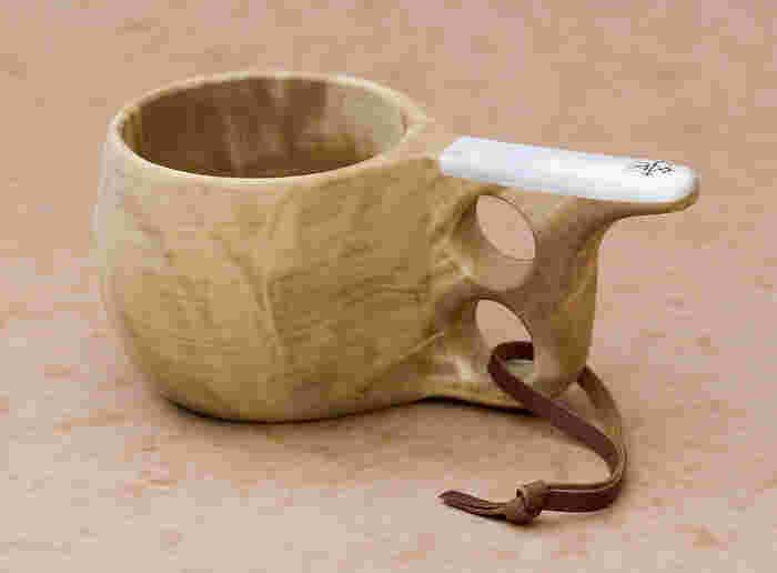 ククサは白樺の木のこぶから作られたカップ。