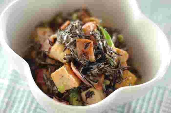 ■ヒジキのサラダ 冷しゃぶに合わせたい副菜がミネラルと食物繊維が豊富で低カロリーのヒジキをメインにした「ヒジキのサラダ」です。厚揚げも入り、カルシウムもとれ、食べ応えもある万能サラダ。お弁当にもオススメです。