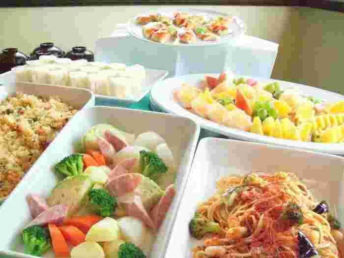 一流ホテル出身のベテランシェフが手がけるお料理は日替わりで、ピザやお肉、お魚など18種類ほど。どれも手がこんでいると評判の味です。(70分制)